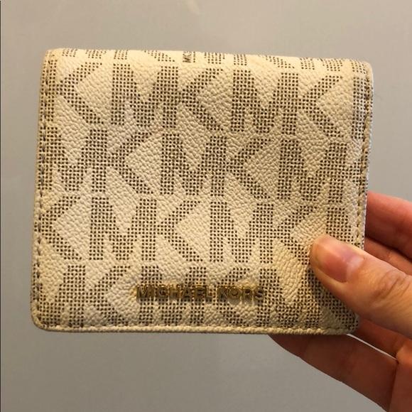 Michael kors logo small wallet